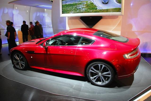Aston V12'