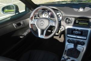 mercedes,slk,250,blueefficiency,coupé,cabriolet,test,road,route,essai,prix,puissance,moteur,caractéristiques,2011,new,nouvelle,allemande,roadster