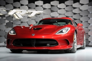 SRT,Street Racing and Technology,Viper,Chrysler,V10,8,4 litres,marc goossens,belge,pilote,ALMS,endurance,640 ch, propulsion,USA,Etats-Unis,2012,coupé,GT,new,nouveau
