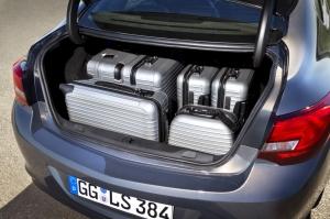 opel,astra,sports sedan,berline,coffre,allemande,2012,nouvelle,new,juin,commercialisation,CDTI,ECOTEC