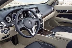 Mercedes,Classe E,E-Class,new,nouvelle,2013,restyling,lifting,V6,3.0,333 ch,diesel,essence,cabriolet,coupé,