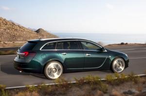 Opel,Insigna,OPC,V6,turbo,325 ch,berline,allemande,populaire,CDTi,infotainment,2013,été,juillet