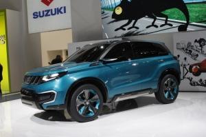 Suzuki,iV-4,concept,futur,SUV,compact,urbain,diesel,essence,2015,commercialisation,japon,traction,4WD