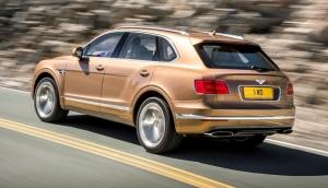 Bentley,Bentayga,SUV,top,premium,W12,new,nouveau,4x4,luxe,600 ch,900 Nm,3 tonnes,poids,motorisation,anglais,crewe,royal,reine,fournisseur,officiel,salon,francfort