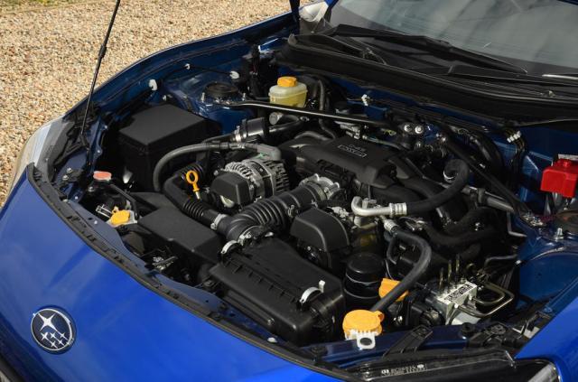 subaru-brz-2.0-litre-engine-bay