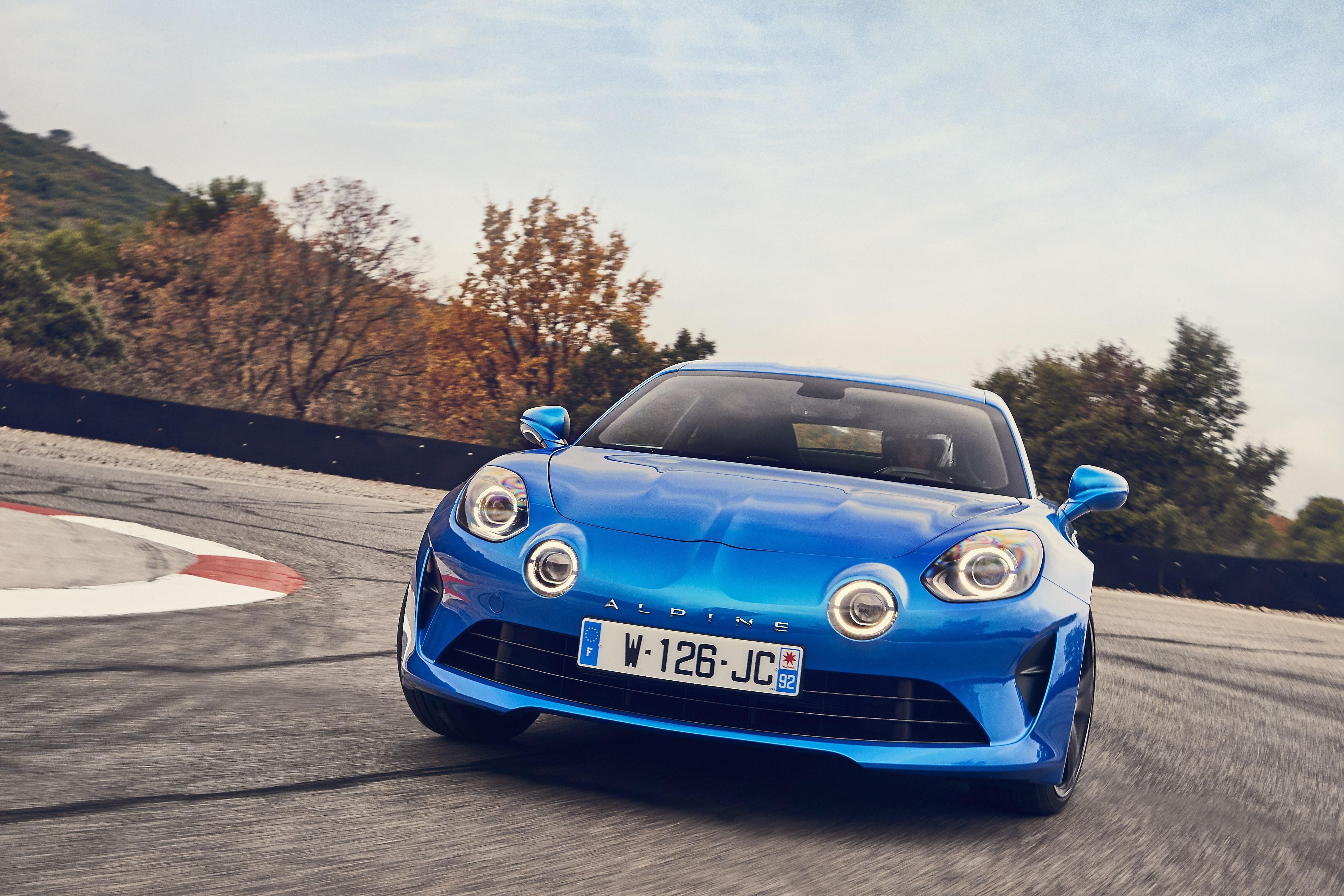 2017 - ALPINE A110 drive tests in Aix-en-Provence region