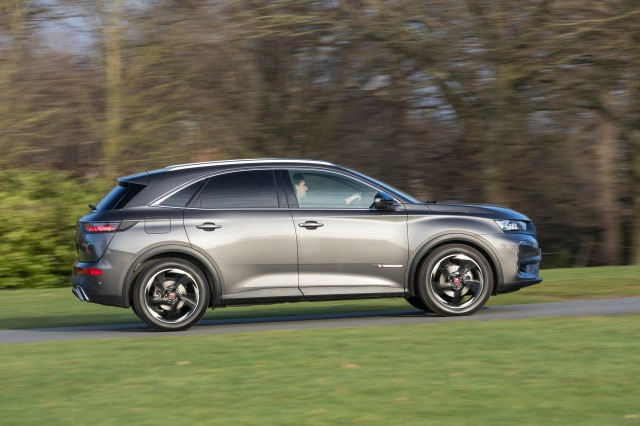 ds 7 crossback - performance line (f)