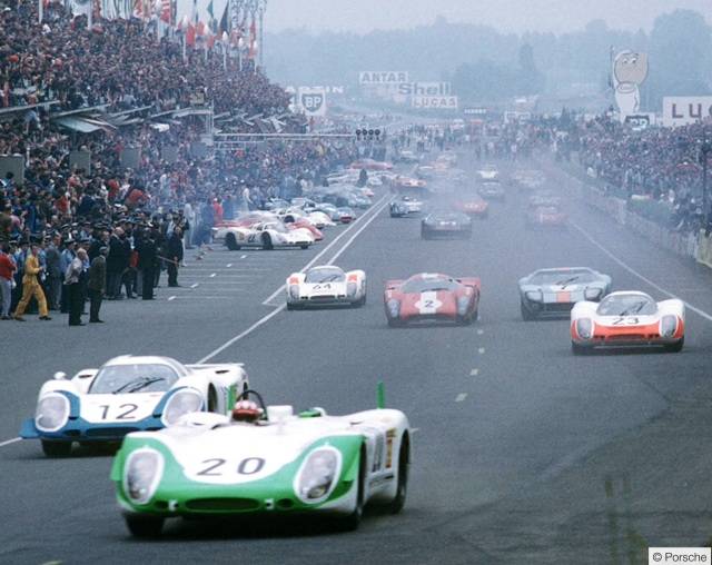 le-mans-start-1969-siffert-in-lead