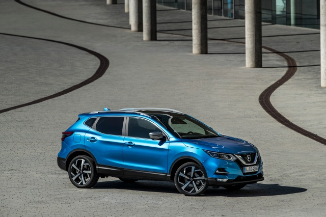 QASHQAI - New HR13 Engine - Static Blue 2-source