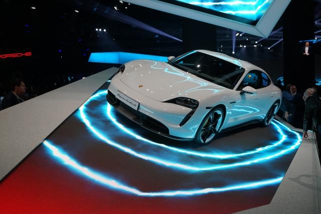 Porsche Tyacan