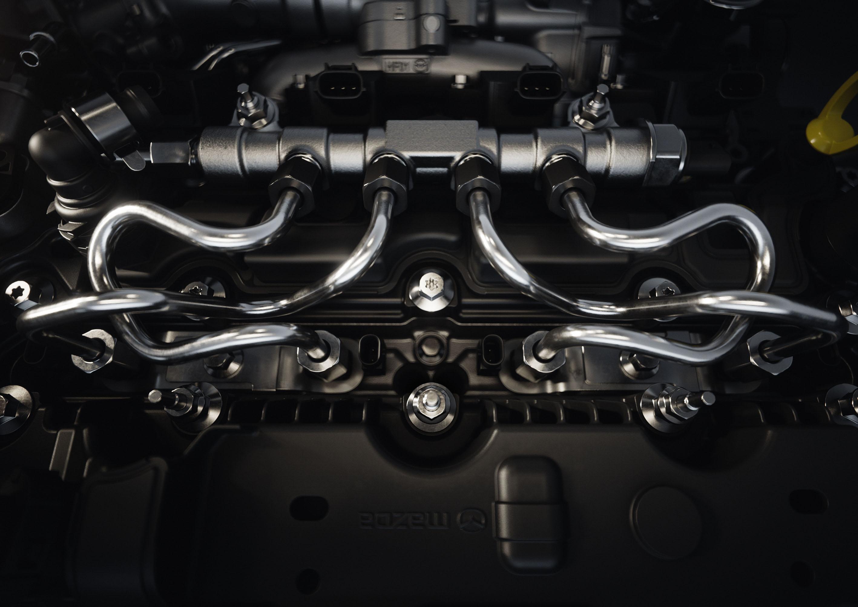 Mazda_SKYACTIV-X_C