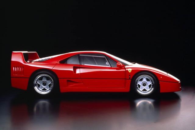 Ferrari_F40_1987_f463c-1200-800