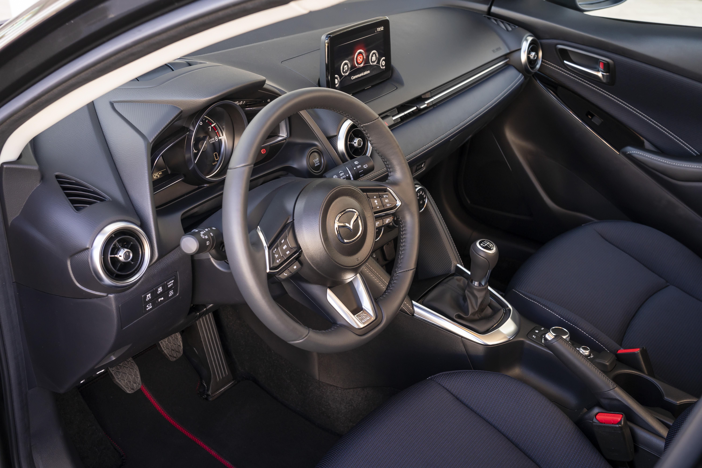 2020 Mazda2_Interior_3