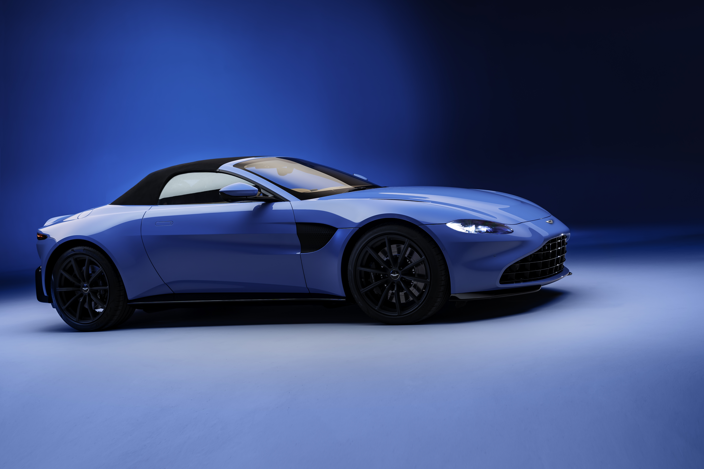 Aston Martin Vantage Roadster_15