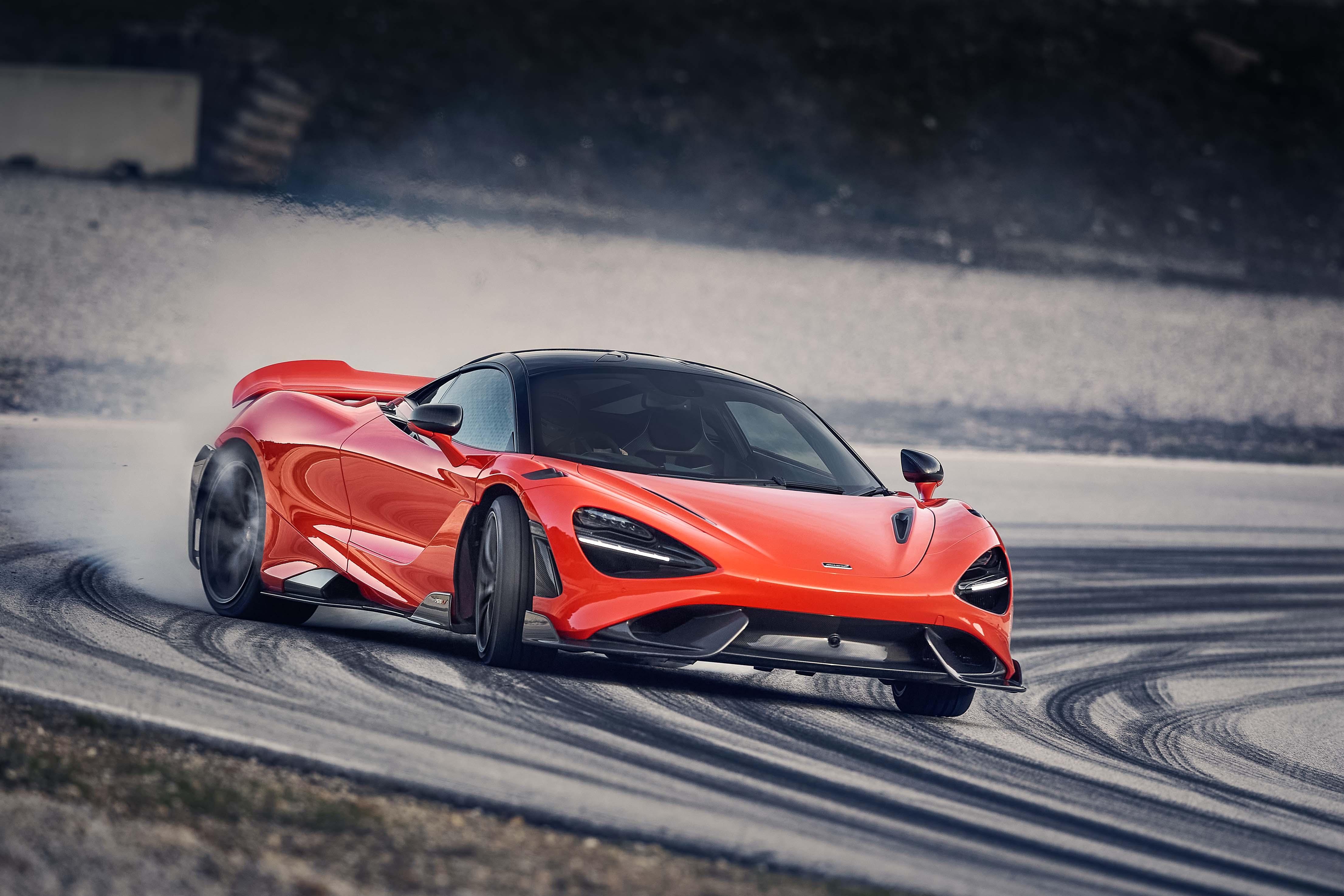 McLaren 765LT_Track_11