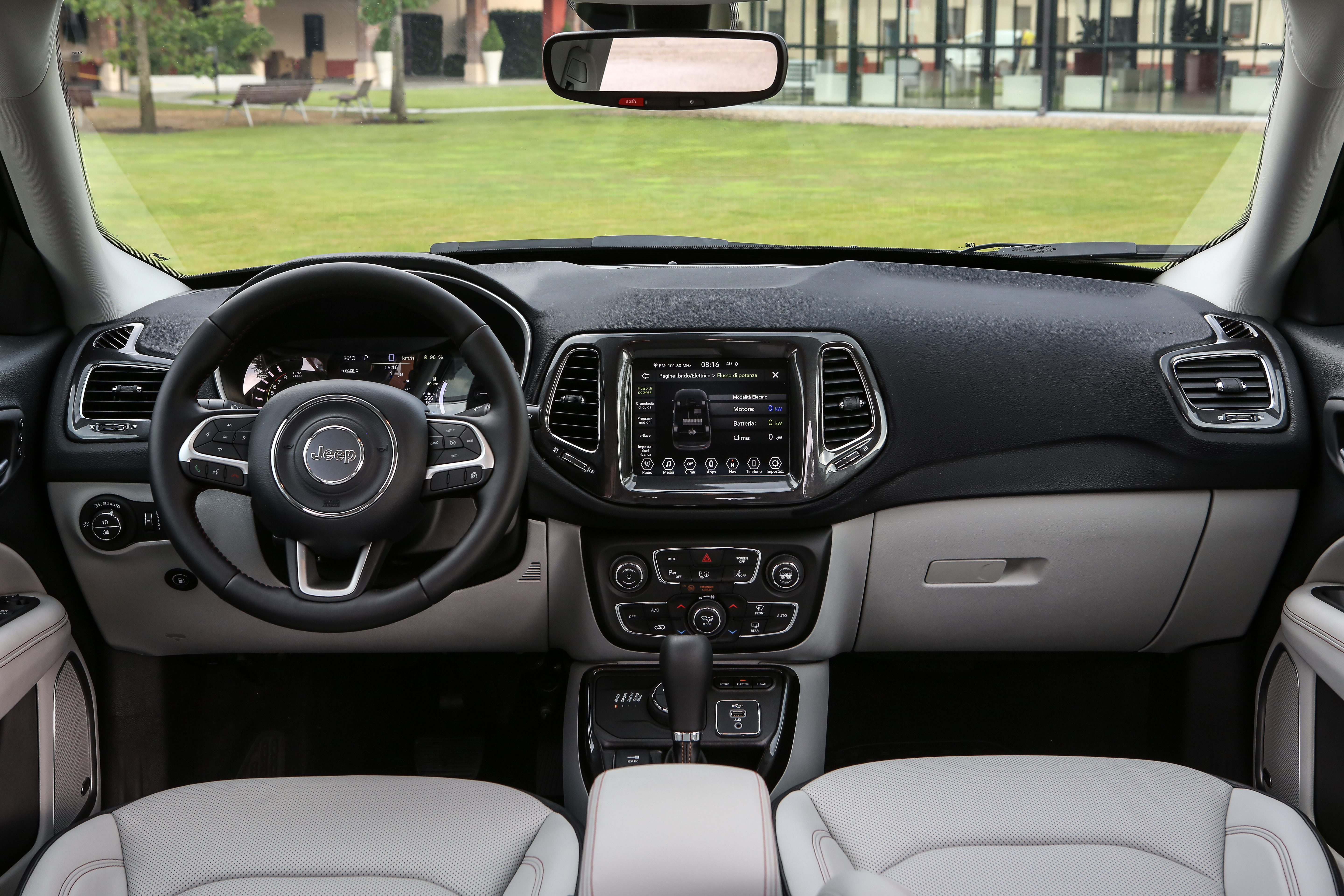 Jeep_Compass-Limited-4xe_int