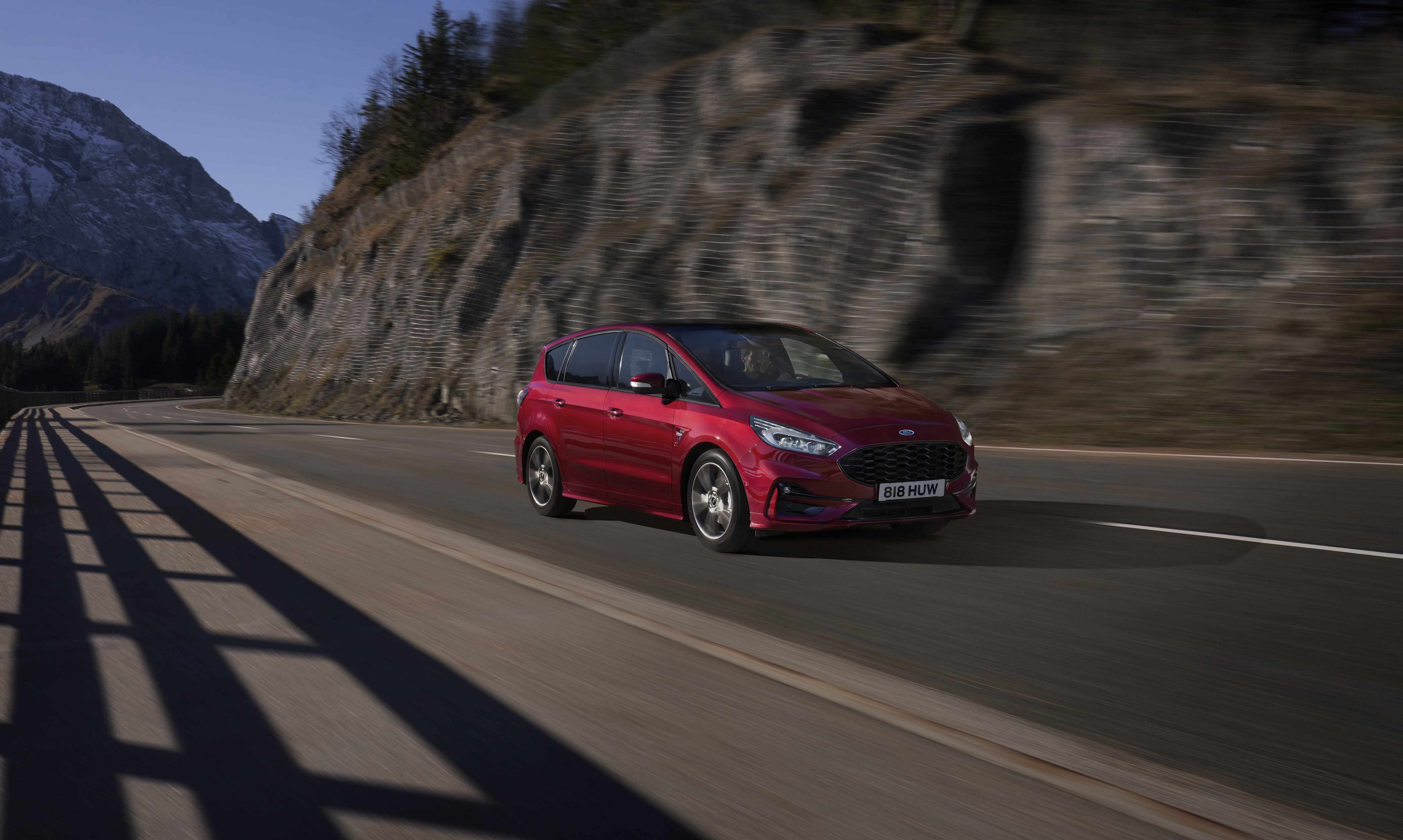 2021_FORD_S-MAX_05